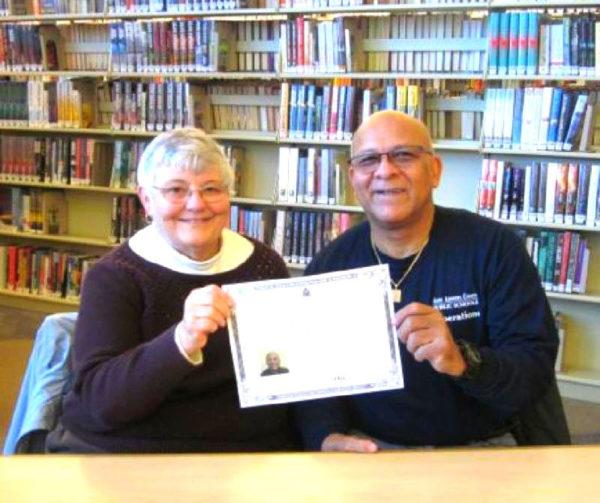 Post image for Vincente Earns U.S. Citizenship